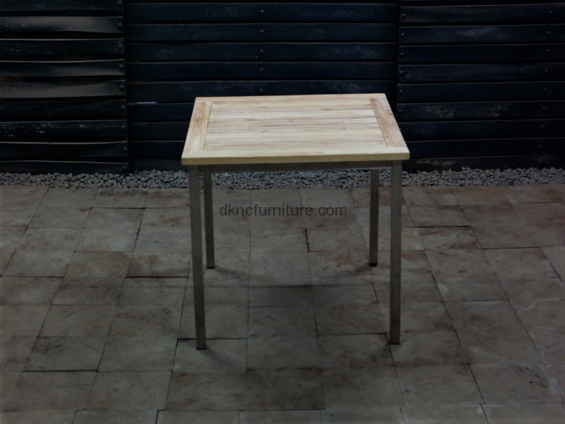 Denver Side Table 90x90x75H